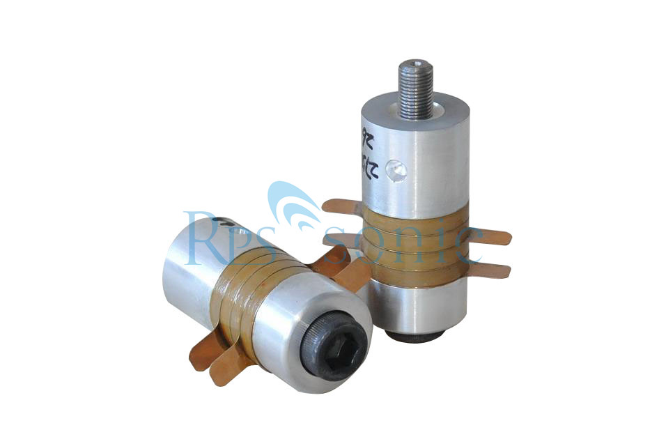 3035-4Z Low Resistance Ultrasonic Transducer with Steel Ultrasonic Booster